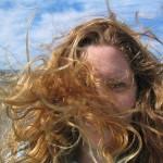 Piękne włosy zależą od utrzymania kilku czynników