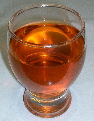 """""""Rooibos tea 2"""" autorstwa KENPEI - Praca własna. Licencja CC BY-SA 3.0 na podstawie Wikimedia Commons -"""