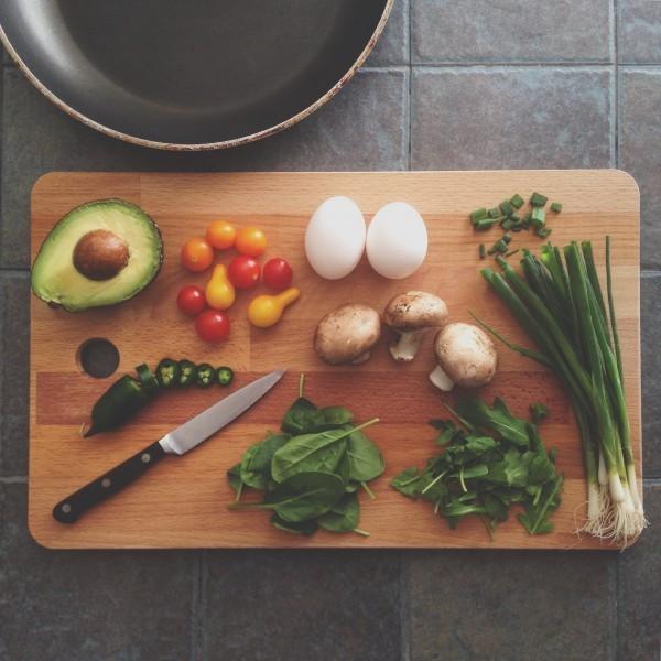 warzywa na desce